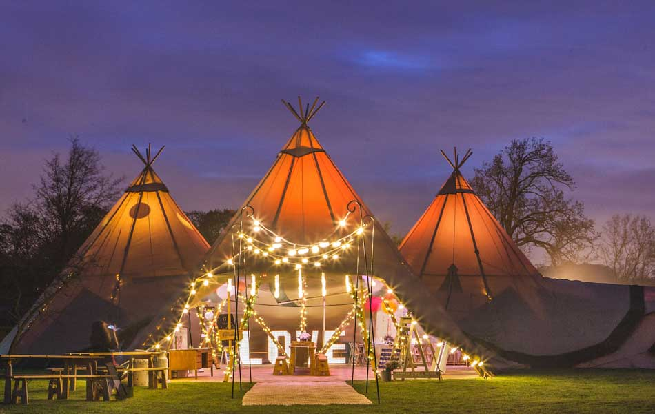 online store f97d9 d544c Tentipi - giant hat Nordic kata wedding tipis for sale