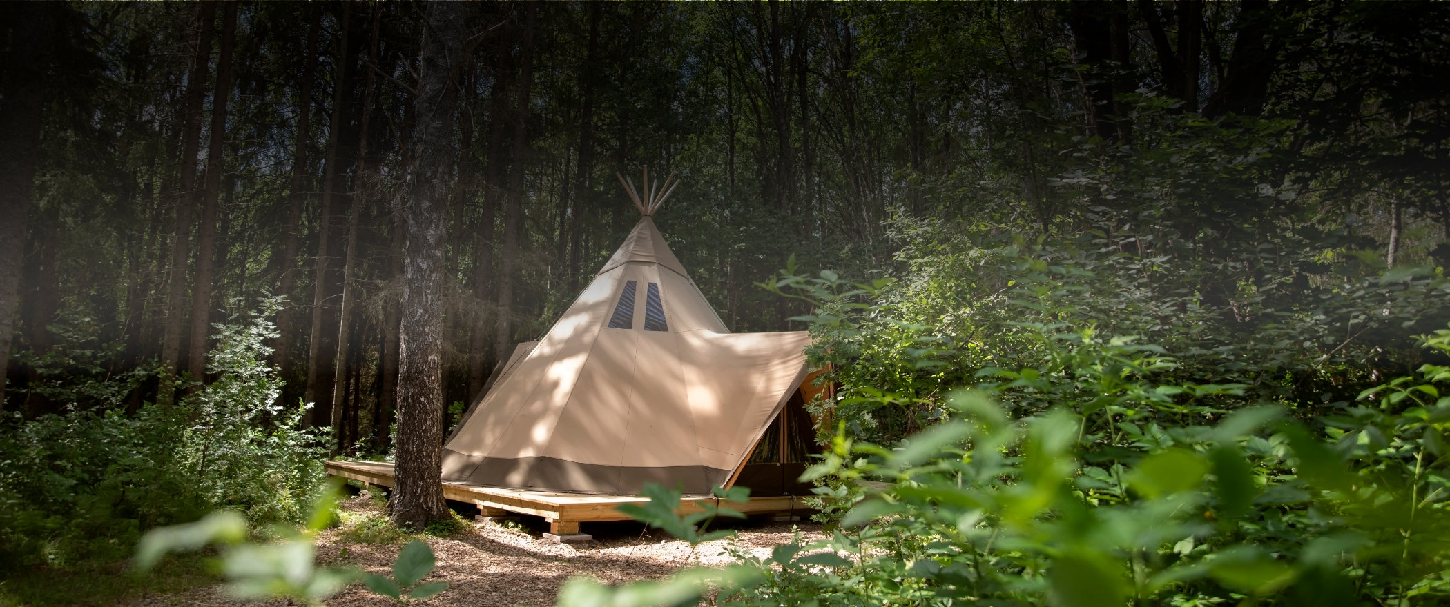 Aurum from Tentipi, spacious and glamorous glamping tent, for the home or the campsite