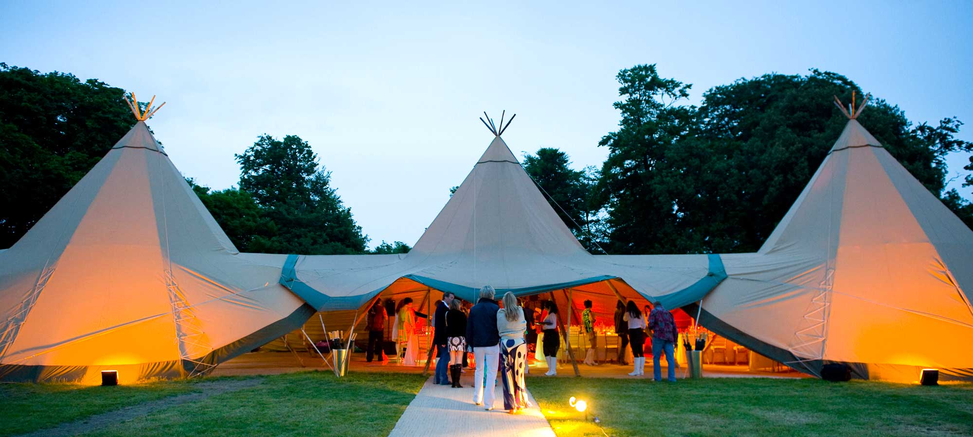 Tentipi event with guests - event tipis to purchase
